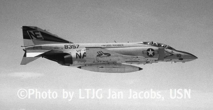 VF-154 F-4J